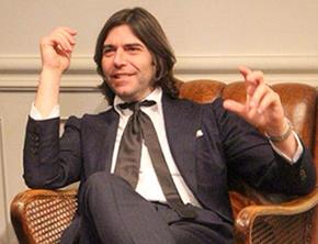 ヴァレンティノ氏